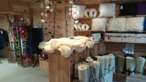 peau mouton coussin couette laine france 43